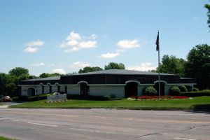Photo of Iles Funeral Home - Grandview Park Chapel