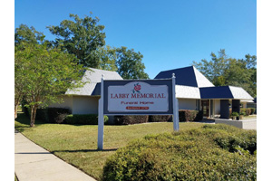 Photo of Labby Memorial Funeral Home - Leesville