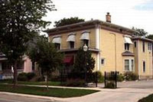 Photo of Reeves Funeral Home - Morris