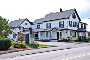 Photo of Goundrey & Dewhirst Funeral Home - Salem